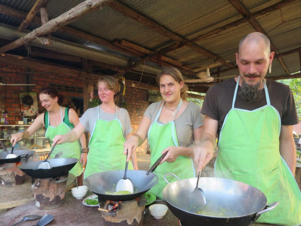 Cooking Class mit Smokin' Pot in Battambang