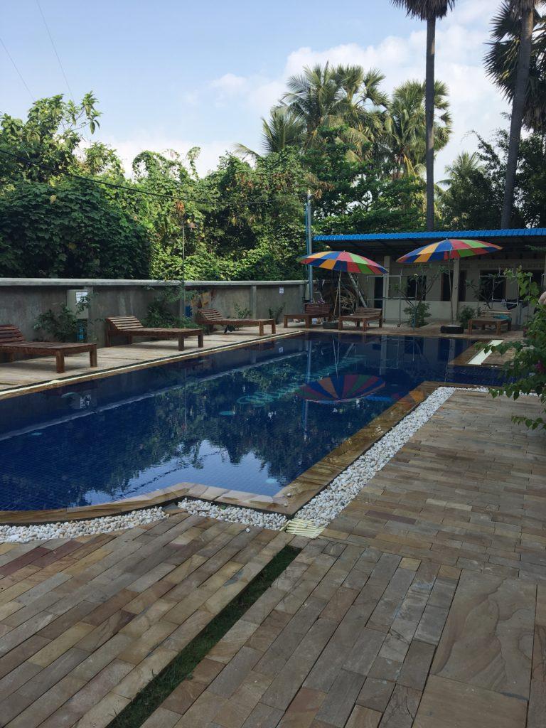 Pool des Blue Diamnond Hostels in Battambang