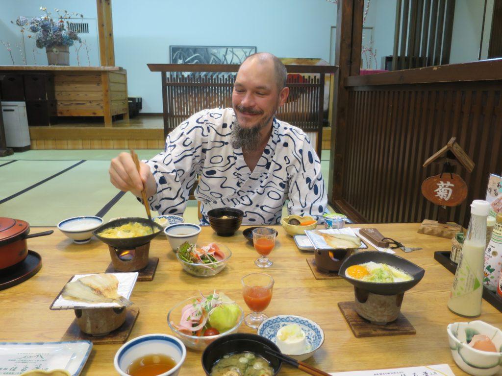 Fruehstueck im Suimeikan Karukaya Sanso in Shin Hotaka Onsen